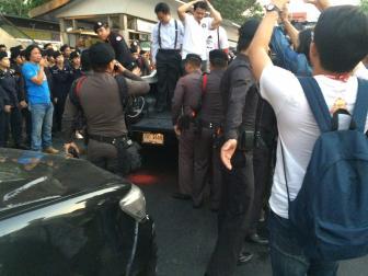 6 อานนท์ถูกจับ
